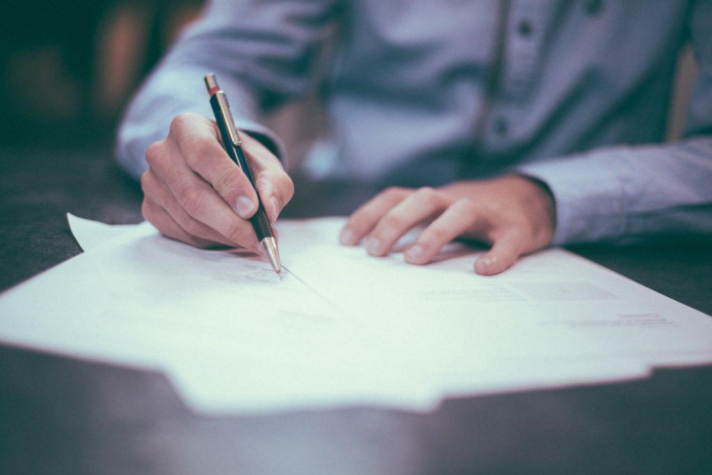 Sich nebenberuflich selbstständig machen - Schreiben