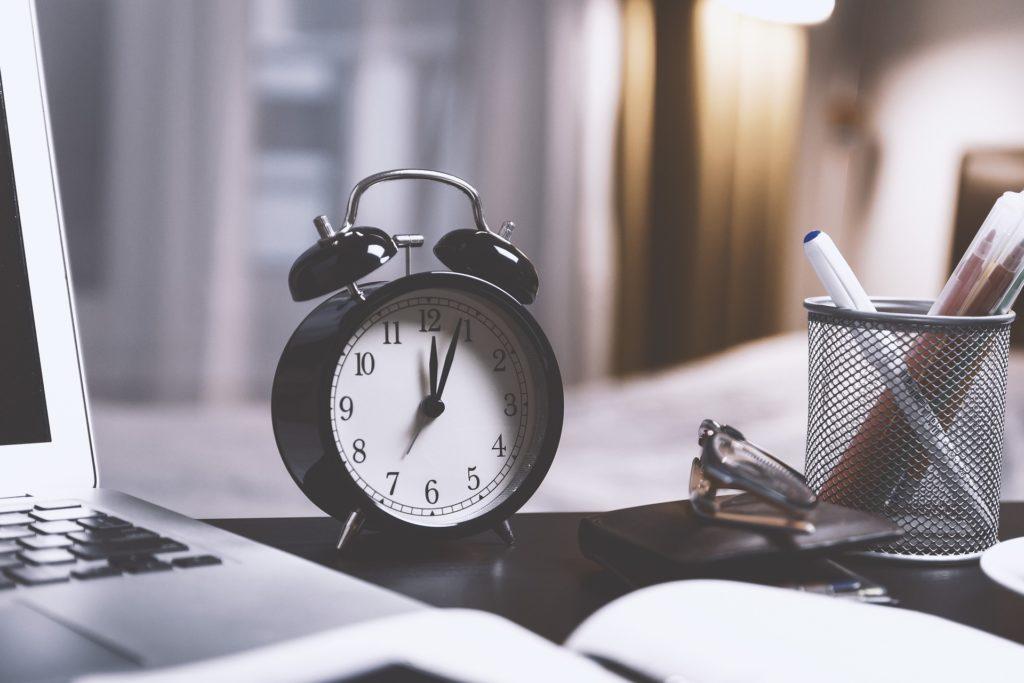 Sich nebenberuflich selbstständig machen - Zeit