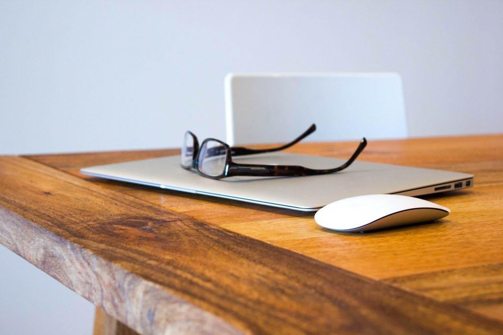 Blogger mit Versicherung
